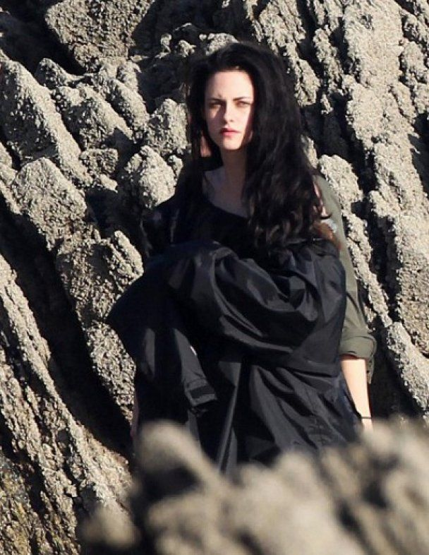 Зірка вампірської саги Крістен Стюарт стала Білосніжкою