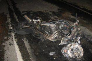 Смертельное ДТП под Киевом: мотоциклист протаранил автобус с хасидами