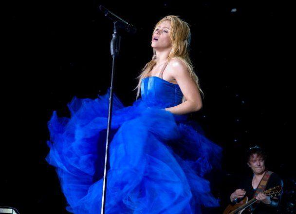 В Киеве Шакира требует чистый пол, большое зеркало и конфеты