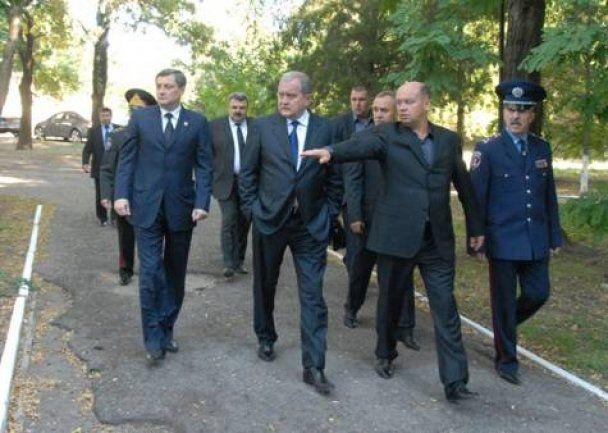 Убитым российским киллером милиционерам дадут Героев Украины