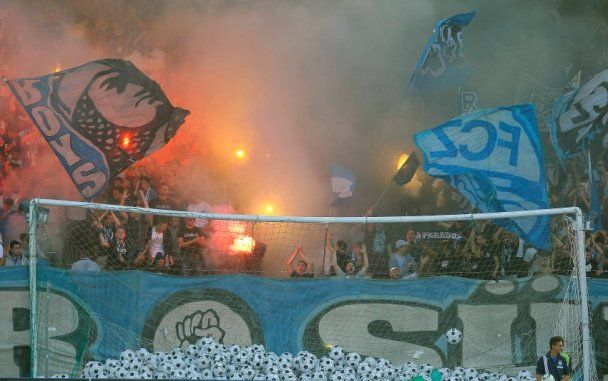 Фанати влаштували побоїще на матчі у Швецарії