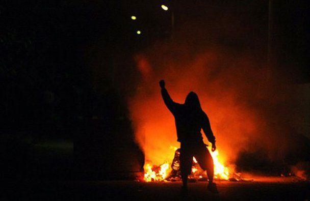 Тисячі розлючених болгар повстали проти циган