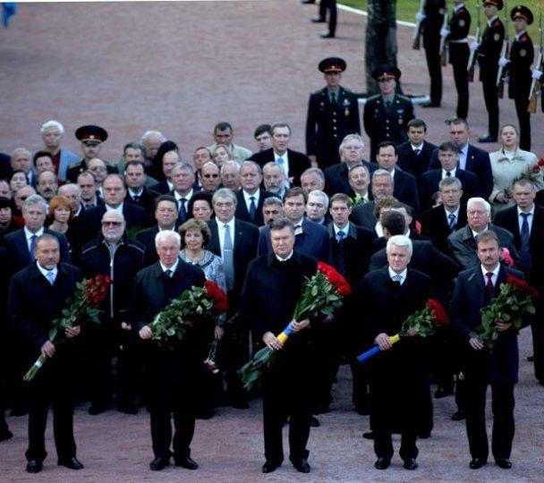 Президент Янукович вшанував пам'ять жертв Бабиного Яру