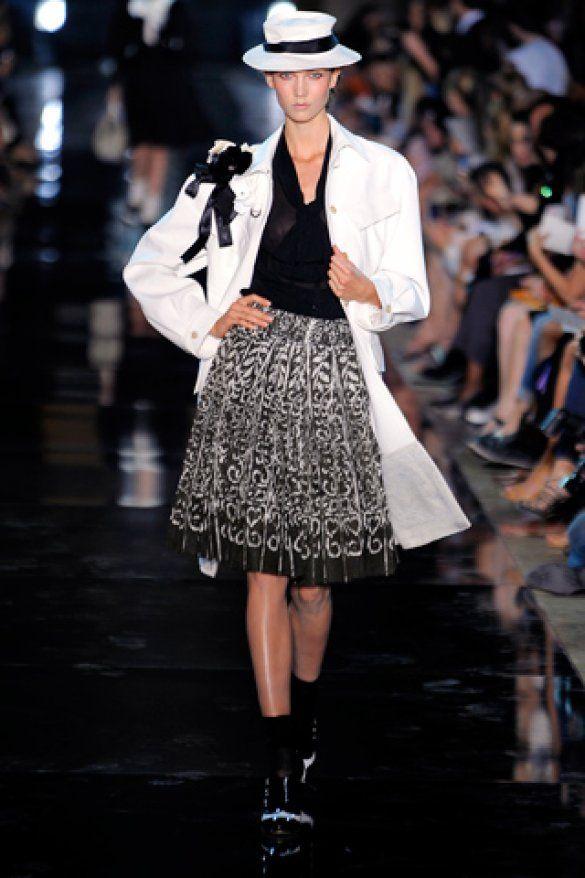Paris Fashion Week: John Galliano_3