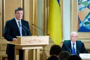 Янукович прийде до Азарова на жорстку розмову