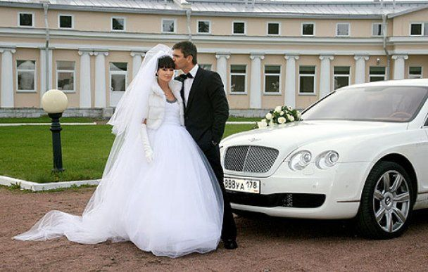 """Звезда """"Спецназа"""" женился после девяти лет гражданского брака"""