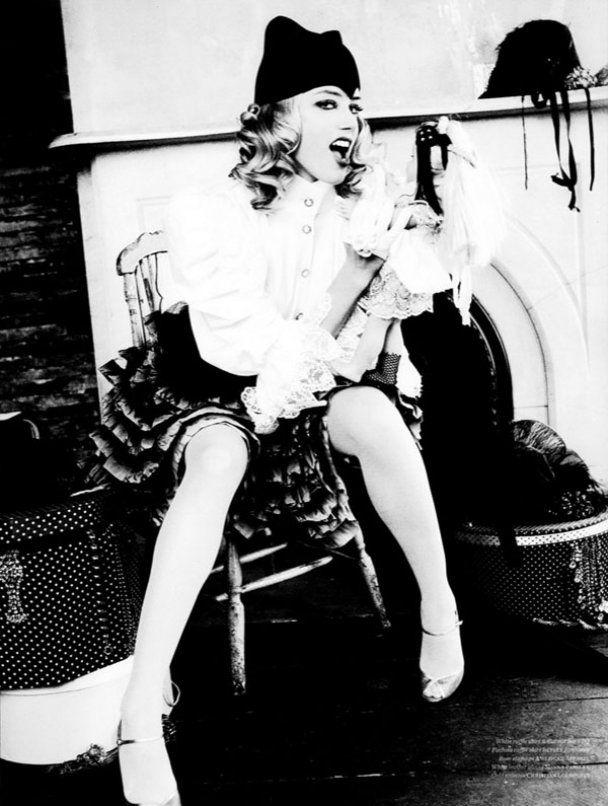 Акторка Ембер Херд влаштувала лесбійську оргію