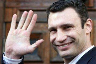 Нейрохирург посоветовал Виталию Кличко немедленно бросать бокс