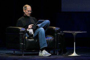 Стив Джобс почти год отказывался от операции