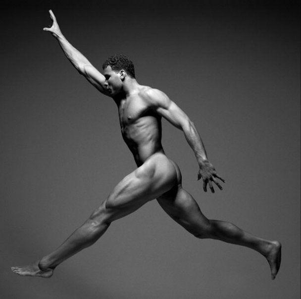 Известные спортсмены обнажили свои прекрасные тела