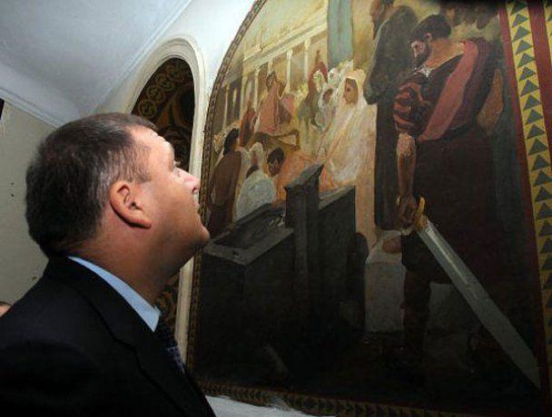 Добкін у виправній колонії милувався фресками