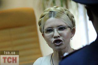 Регіонал порадив Тимошенко подати до суду на Міноборони Росії