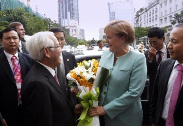 Азіатське турне Меркель: В'єтнам і Монголія