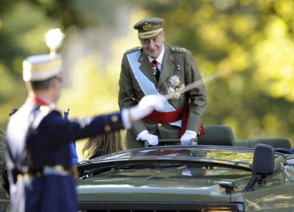 Під час параду на День Іспанії знепритомнів військовий