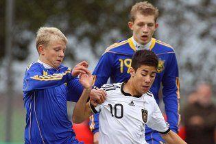 Немецкие футболисты взяли убедительный реванш в Украине