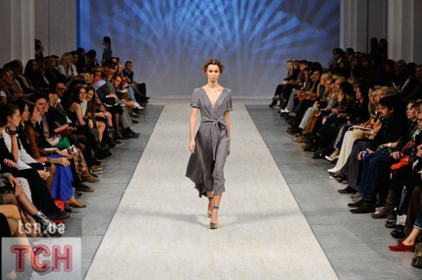 Лилия Пустовит открыла UFW-2011 невинной коллекцией