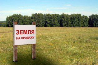 Київ за півроку відсудив 1400 га землі, розданих командою Черновецького