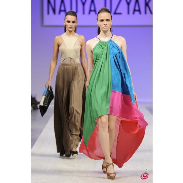 DZYAK вывела на подиум обнаженных моделей, Кamenskaya/Кononova вернулись в 20-е