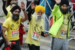 Столітній індієць пробіг марафон, випередивши п'ятьох бігунів
