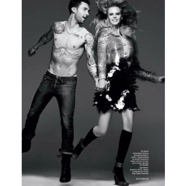 Лидер Maroon 5 с девушкой обнажились для русского Vogue