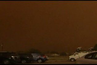 В Техасе песчаная буря разметала самолеты в одном из аэропортов