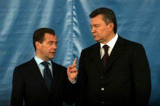 Янукович подумывает о формате сотрудничества Украины с Таможенным союзом
