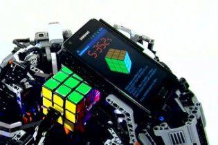 Лего-робот побив рекорд людини зі складання кубика Рубіка