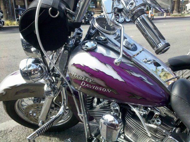 """Тисячі байкерів влаштували """"Американську спеку"""" в Каліфорнії"""