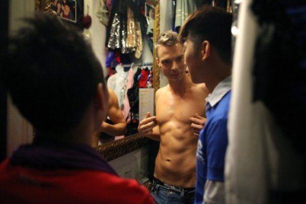 """В Гонконге провели конкурс """"Мистер Гей 2011"""""""