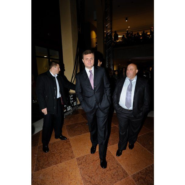Матвиенко, Кривошапко и Левочкин оторвались на Неделе моды
