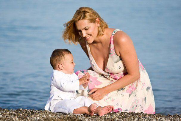 Яна Клочкова воспитывает из сына Саши настоящего украинца