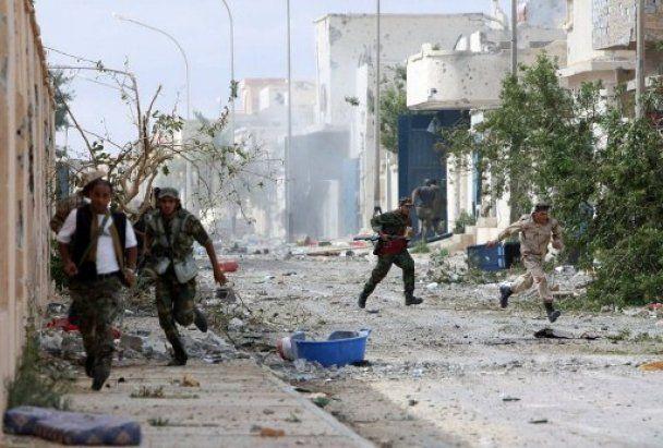 Кінець епохи Каддафі: лідера Лівії вбито