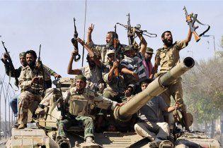 Нова влада Лівії попросила НАТО затриматися в країні