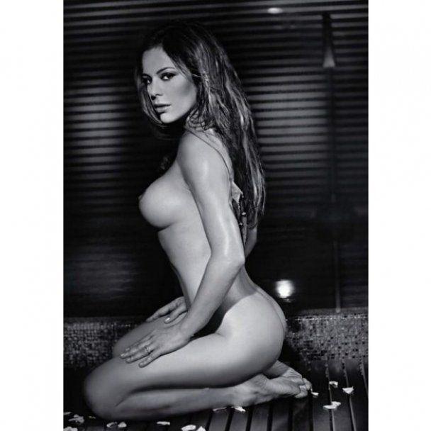 37-річна дочка Орнелли Муті оголилась для Playboy