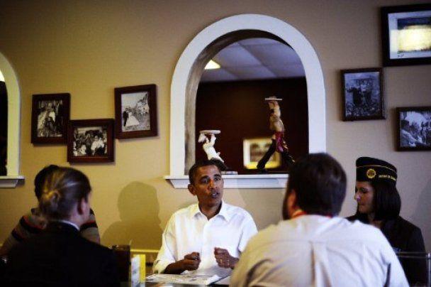 Обама з дружиною накупили гарбузів до Хелловіну