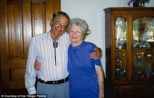 Муж с женой прожили вместе 72 года и умерли в один день
