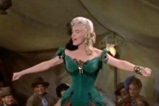 Сукню Мерилін Монро у Китаї продали за півмільйона доларів