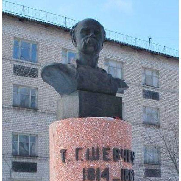 На Луганщині Тараса Шевченка розпиляли на металобрухт