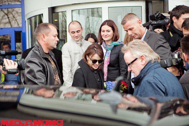 Кайли Миноуг в Киеве 4 часа сидела в вагончике, ела пиццу и пила вино
