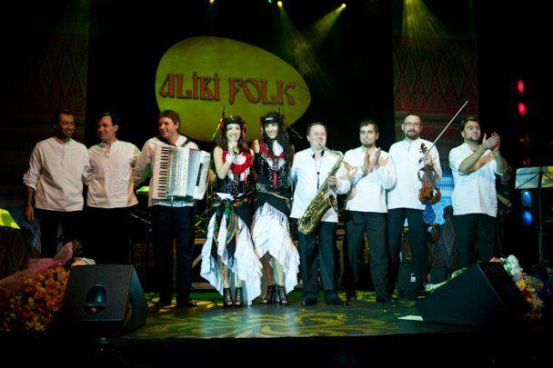 """Группа """"Алиби"""" отпраздновала 10-летие этническими песнопениями"""
