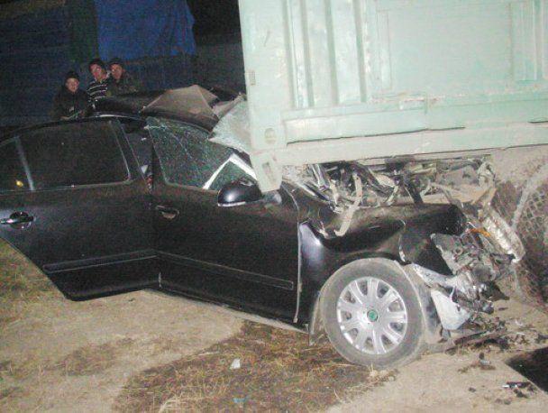 Жахлива ДТП на Полтавщині: загинуло 8 футболістів