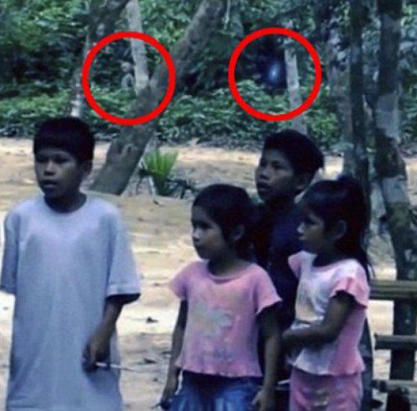 В Бразилии в объектив видеокамеры попал инопланетянин (видео)