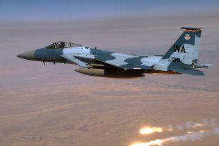 Винищувач F-15 розбився на північ від Лас-Вегаса