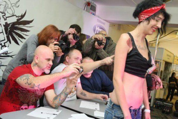 На Lviv Tattoo Fest во Львове делали тату всем желающим