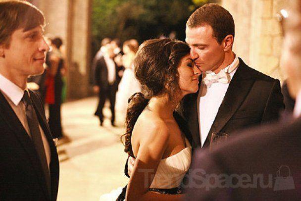Дочь нефтяного магната вышла замуж за российского фигуриста