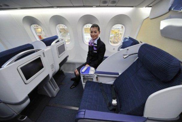 """""""Лайнер мрії"""" від Boeing відправився у свій перший рейс"""