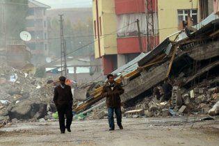 Азаров рятуватиме Туреччину проти її волі