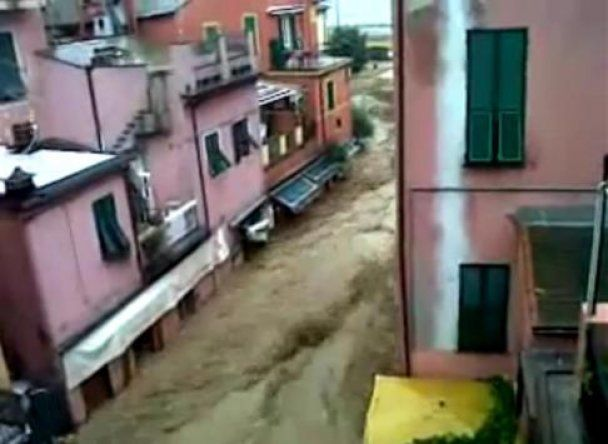 Грозові зливи затопили північ Італії, шестеро людей загинули