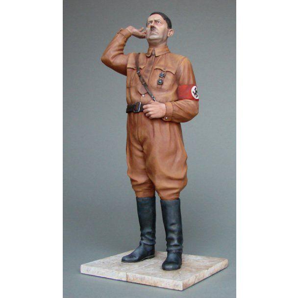 """Из Януковича сделали """"оловянного солдатика"""" в пальто"""