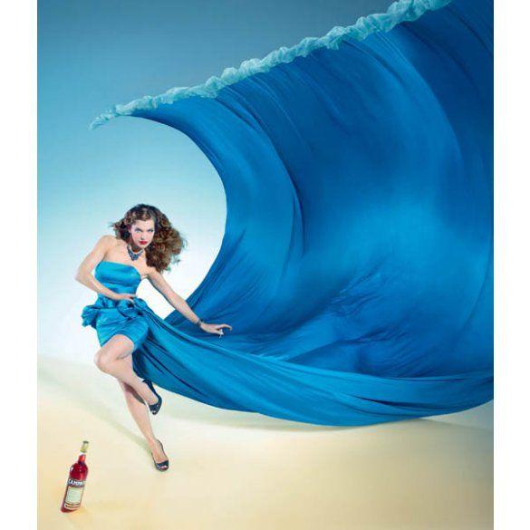 Міла Йовович для календаря Campari 2012_1